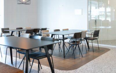 Skab et elegant udtryk med mødeborde & kantineborde